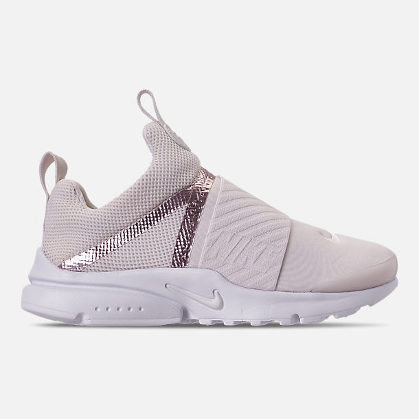 Right view of Girls' Little Kids' Nike Presto Extreme Casual Shoes in Phantom/Phantom/Metallic Red Bronze