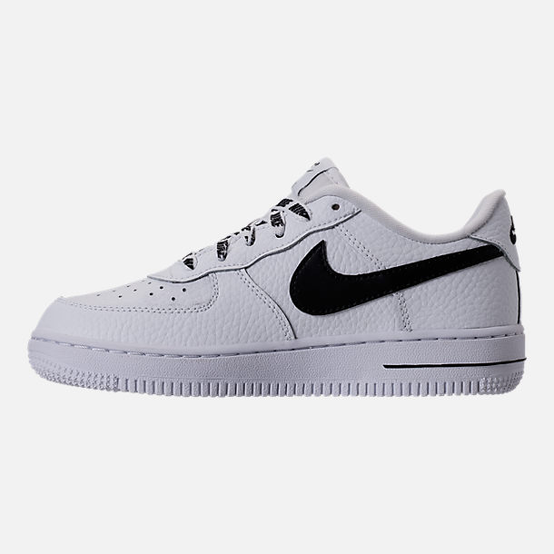 Left view of Boys' Preschool Nike NBA Force 1 Low LV8 Casual Shoes in White/Black