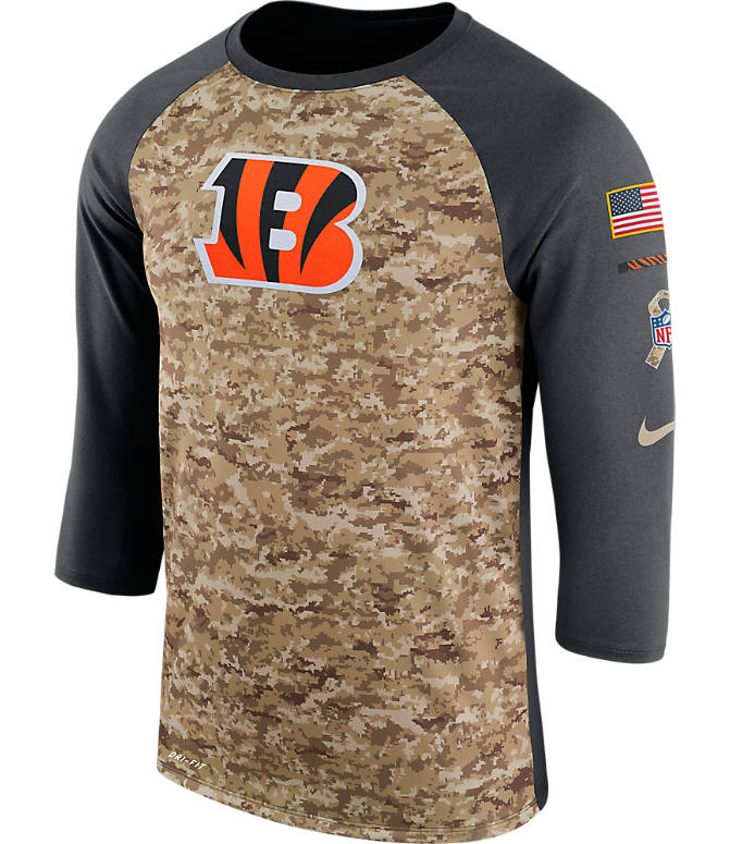 Front view of Men's Nike Cleveland Browns NFL Salute to Service Raglan T-Shirt in Anthracite/Camo