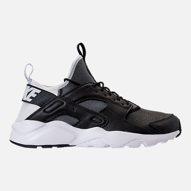 Right view of Men's Nike Air Huarache Run Ultra SE Casual Shoes in Black/Black/White