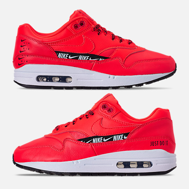 Right view of Women's Nike Air Max 1 SE Running Shoes in Bright Crimson/Black/White