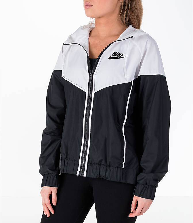 Front view of Women's Nike Sportswear Woven Windrunner Jacket in
