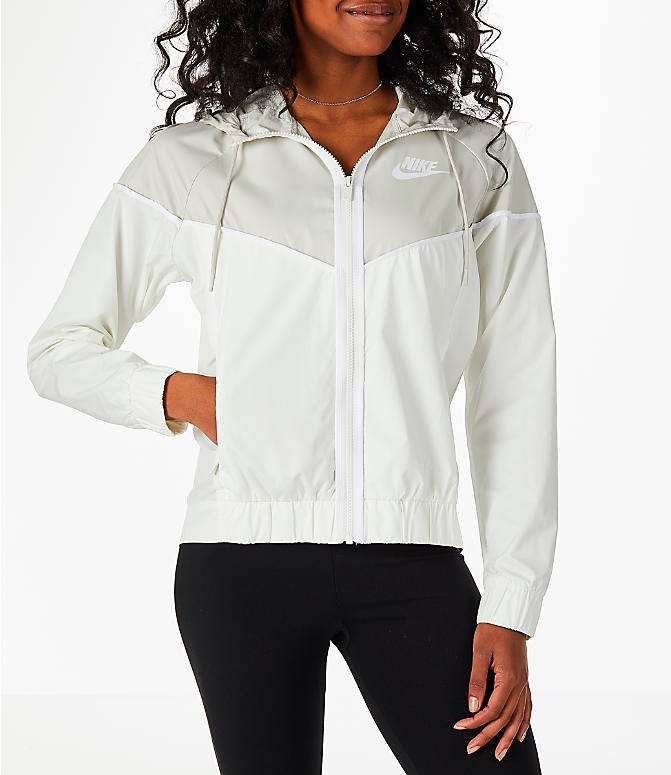 Front view of Women's Nike Sportswear Woven Windrunner Jacket in Sail/Light Bone