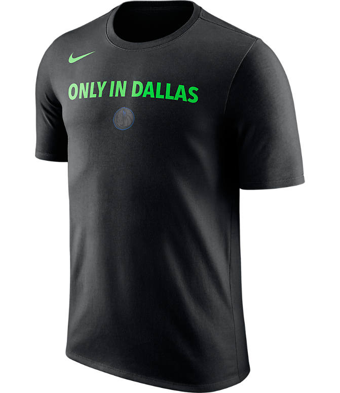 Front view of Men's Nike Dallas Mavericks NBA Dry City T-Shirt in Black