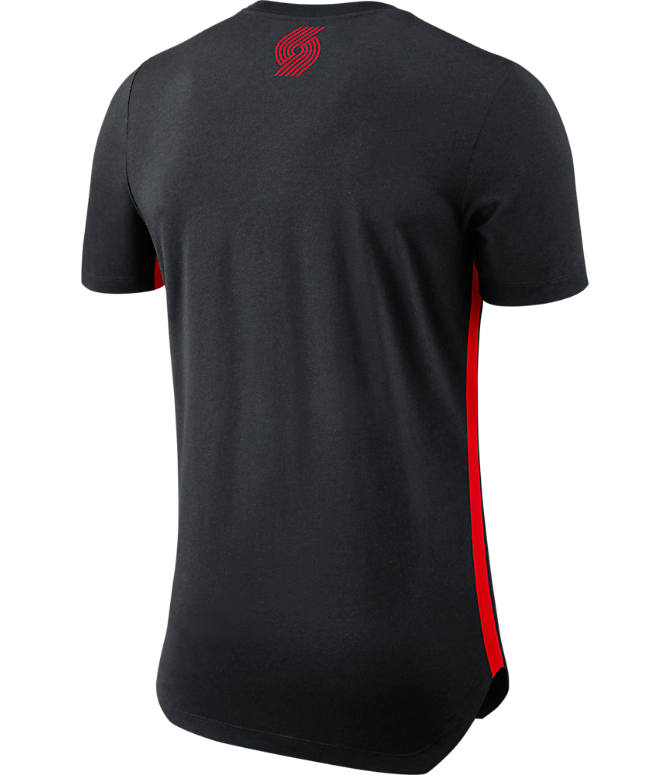 Back view of Men's Nike Portland Trail Blazers NBA Alt Hem T-Shirt in Black