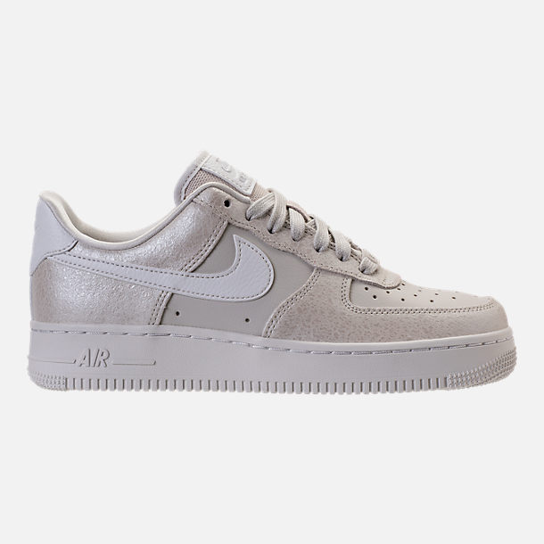 Right view of Women's Nike Air Force 1 '07 Premium Casual Shoes in Light Bone/Metallic Summit White