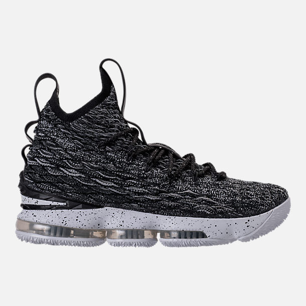 Right view of Men's Nike LeBron 15 Basketball Shoes in Black/White