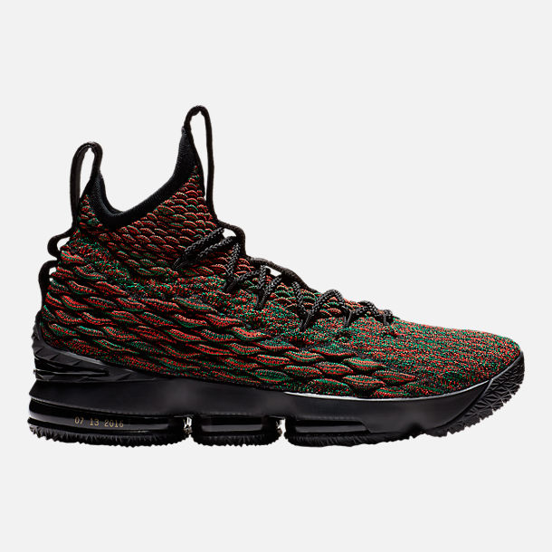 Right view of Men's Nike LeBron 15 Limited Basketball Shoes in  Multicolor/Black