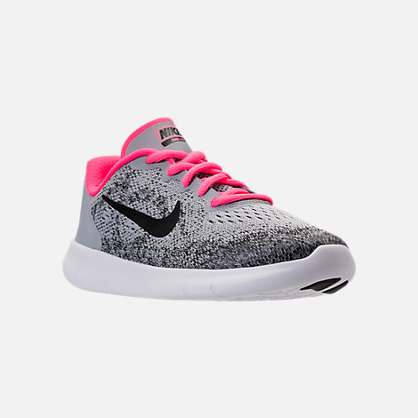 Three Quarter view of Girls' Preschool Nike Free RN 2017 Running Shoes in Wolf Grey/Black/Racer Pink