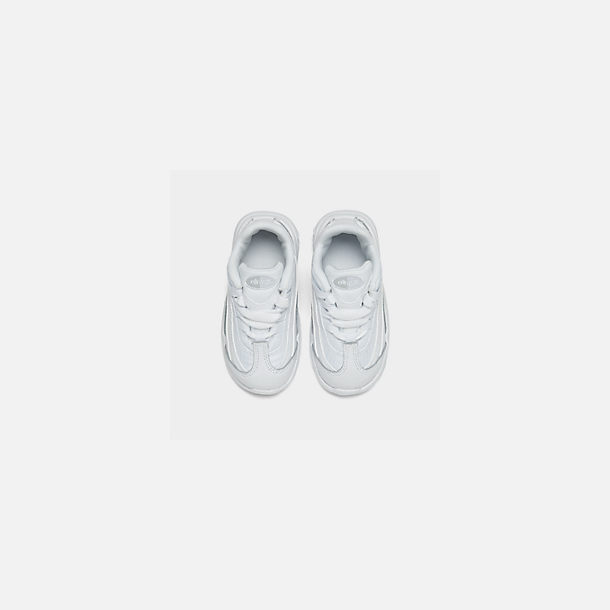 Back view of Kids' Toddler Nike Air Max 95 Casual Shoes in White/White/Metallic Silver