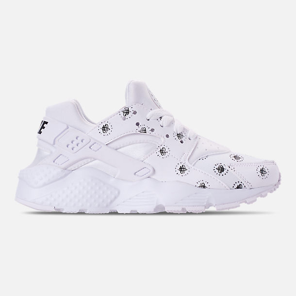 Right view of Boys' Grade School Nike Air Huarache Run SE Casual Shoes in White/Black