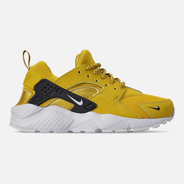 66e0a540233 Right view of Boys  Big Kids  Nike Air Huarache Run SE Casual Shoes in