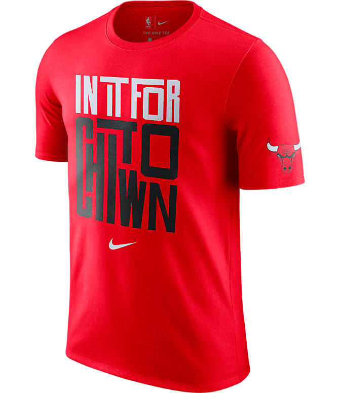 Front view of Men's Nike Chicago Bulls NBA Dry In It For T-Shirt in Red