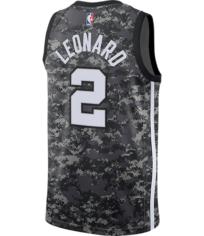 Front view of Men's Nike San Antonio Spurs NBA Kawhi Leonard City Edition Connected Jersey in Black