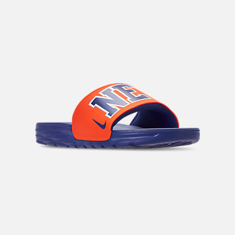 c912bb4527a0 Three Quarter view of Men s Nike Benassi Solarsoft New York Knicks NBA Slide  Sandals