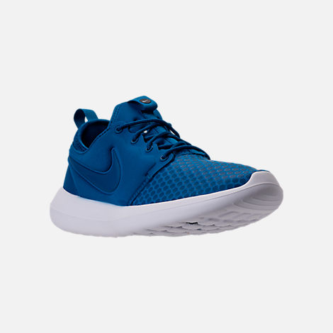 Three Quarter view of Men's Nike Roshe Two SE Casual Shoes in Blue Jay/Light Armory Blue