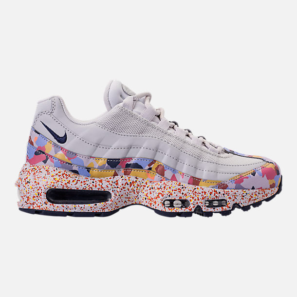 Right view of Women's Nike Air Max 95 SE Casual Shoes in Vast Grey/Midnight Navy/Habanero Red