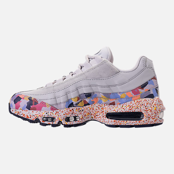 Left view of Women's Nike Air Max 95 SE Casual Shoes in Vast Grey/Midnight Navy/Habanero Red