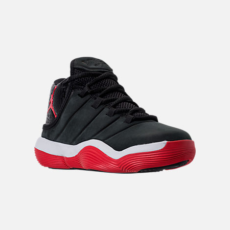 Three Quarter view of Boys' Grade School Jordan Super.Fly 2017 Basketball Shoes in Black/University Red/White