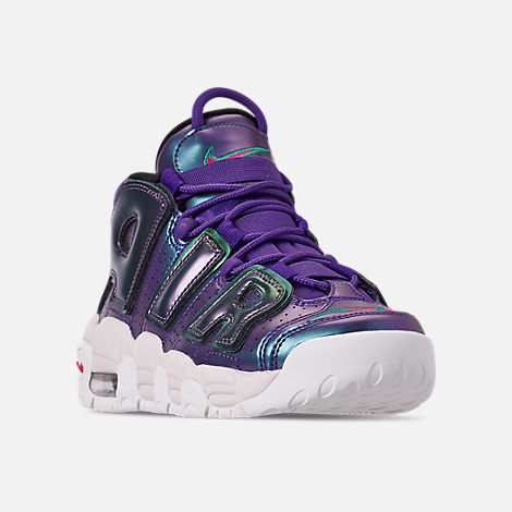 Three Quarter view of Big Kids' Nike Air More Uptempo SE Basketball Shoes in Court Purple/Rush Pink/Neptune/Green