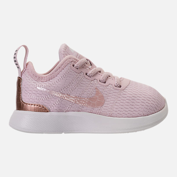 Right view of Girls' Toddler Nike Dualtone Racer Casual Shoes in Barely Rose/Metallic Red Bronze