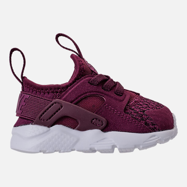 Right view of Boys' Toddler Nike Air Huarache Run Ultra SE Casual Shoes in Bordeaux/Tea Berry/Black