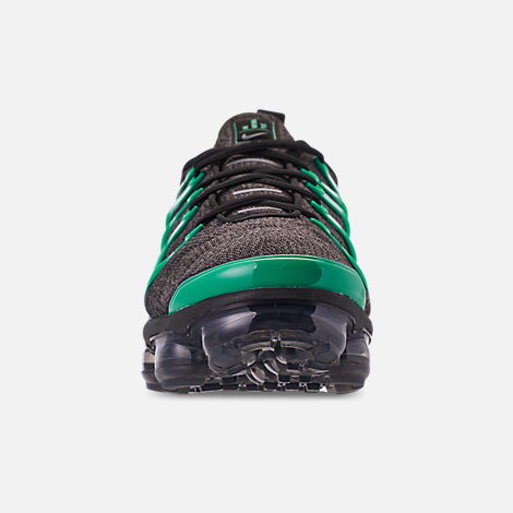 Front view of Men's Nike Air VaporMax Plus Running Shoes in Black/Clear Emerald/Cool Grey