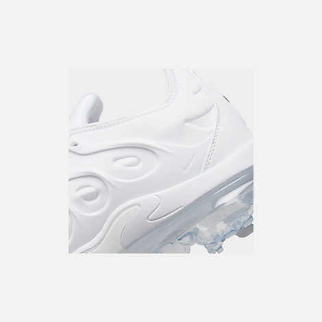 Front view of Men's Nike Air VaporMax Plus Running Shoes in White/Pure Platinum
