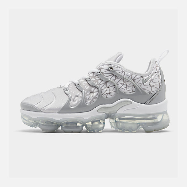 Right view of Men's Nike Air VaporMax Plus Running Shoes in White/Metallic Silver/Wolf Grey