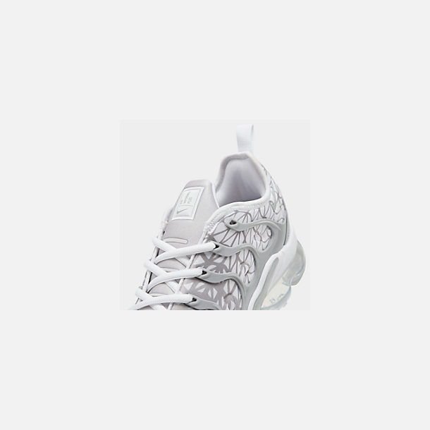 Front view of Men's Nike Air VaporMax Plus Running Shoes in White/Metallic Silver/Wolf Grey