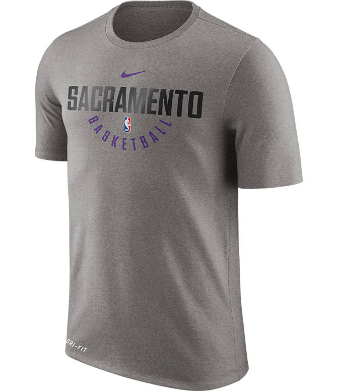 Front view of Men's Nike Sacramento Kings NBA Dry Practice T-Shirt in Dark Grey Heather