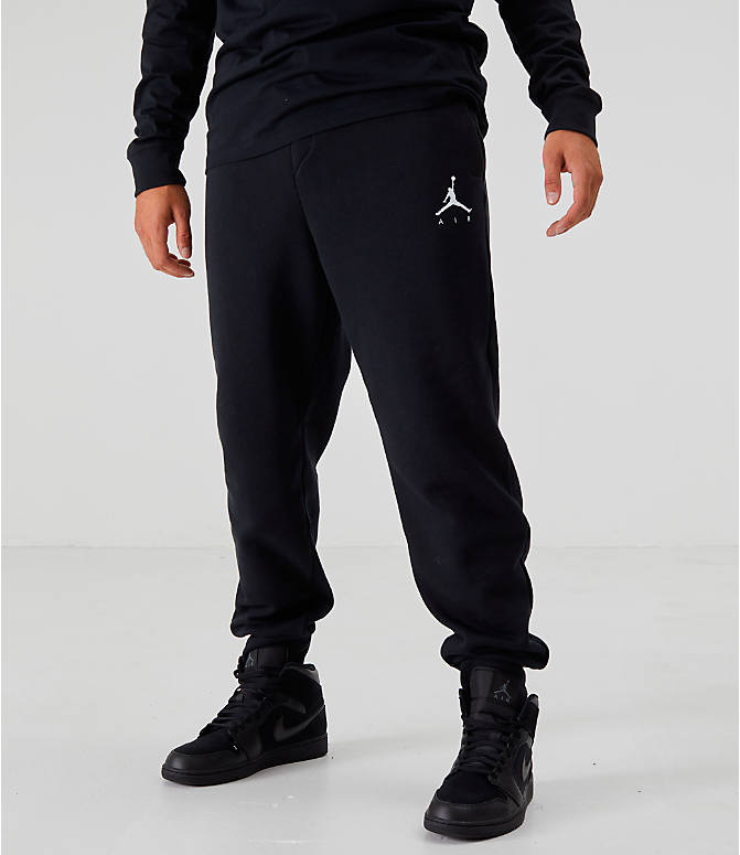 Front view of Men's Jordan Sportswear Jumpman Fleece Pants in Black