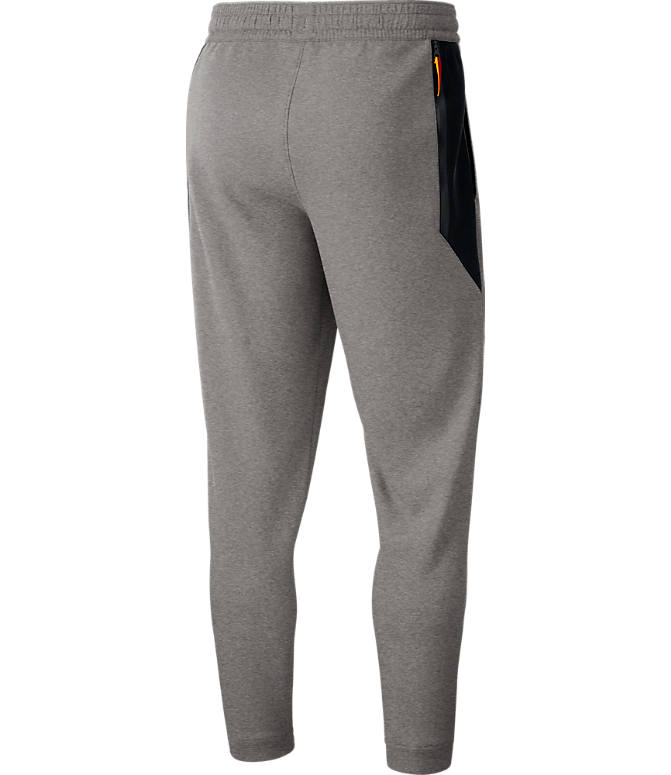 Back view of Men's Nike Cleveland Cavaliers NBA Dri-FIT Showtime Pants in Dark Grey Heather