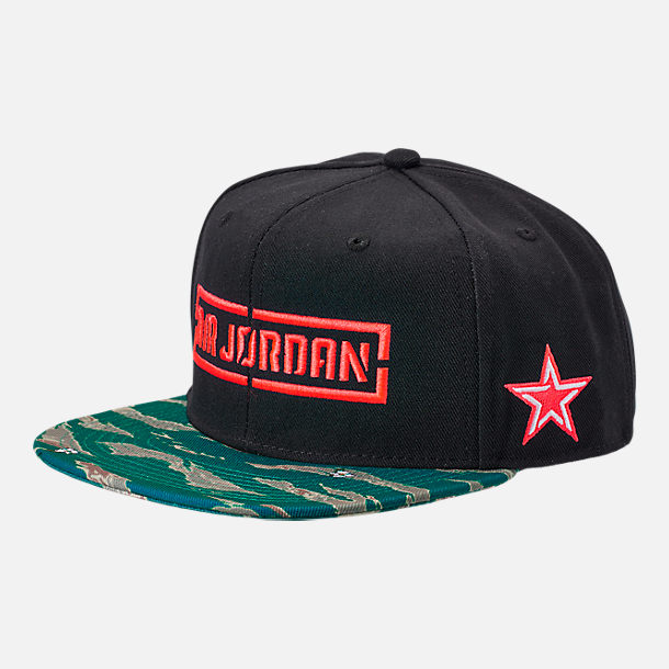 Front view of Kids' Jordan C.O.F. Snapback Hat in Black/Tiger Camo