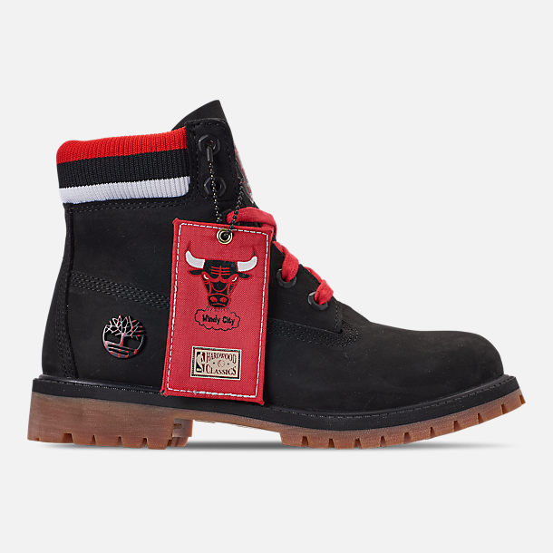 Right view of Boys' Big Kids' Timberland x Mitchell and Ness x NBA Chicago Bulls 6 Inch Classic Premium Boots in Black/Red - Chicago Bulls