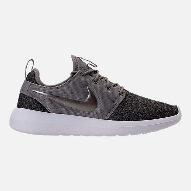 Right view of Women's Nike Roshe Two Knit Casual Shoes in Dust/Metallic Pewter/Black/White