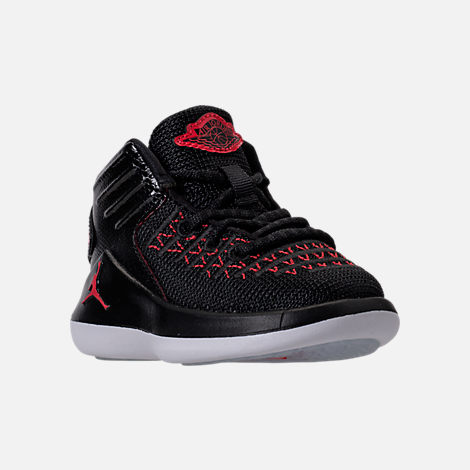 Three Quarter view of Boys' Toddler Air Jordan XXXII Basketball Shoes in Black/University Red