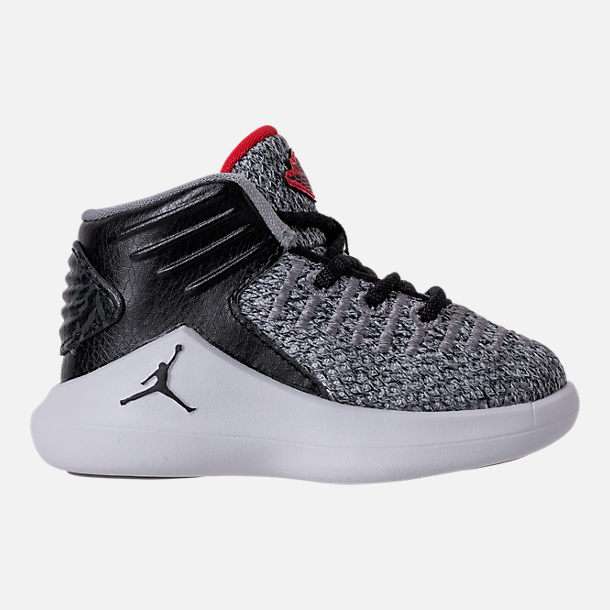 Right view of Boys' Toddler Air Jordan XXXII Basketball Shoes in Black/University Red/White