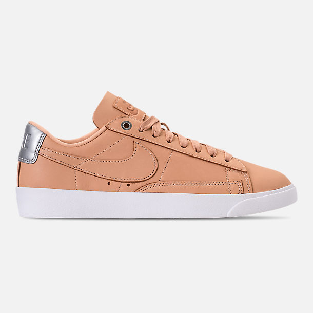 Right view of Women's Nike Blazer Low SE Premium Casual Shoes in Bio Beige/White/Metallic Silver