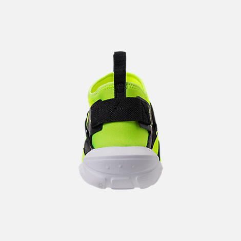 Back view of Men's Nike Vortak Casual Shoes
