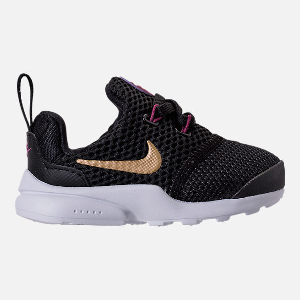 Right view of Girls' Toddler Nike Presto Fly Casual Shoes in Black/Metallic  Gold