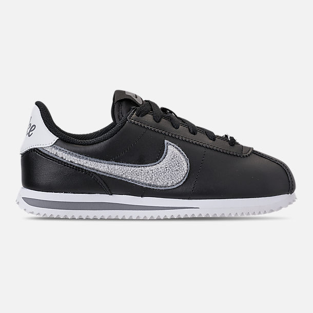 Right view of Boys' Big Kids' Nike Cortez Basic Leather SE Casual Shoes in Black/White/Cool Grey