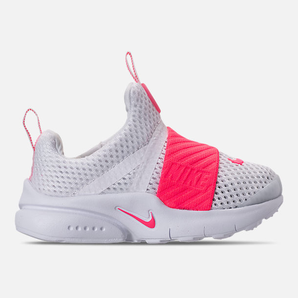 Right view of Girls' Toddler Nike Presto Extreme SE Running Shoes in White/Racer Pink/Rush Pink