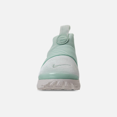 Front view of Girls' Toddler Nike Presto Extreme SE Running Shoes in Igloo/Sail