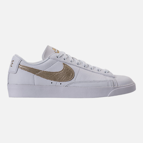Right view of Women's Nike Blazer Low LE Casual Shoes in White/Metallic Gold Star/White