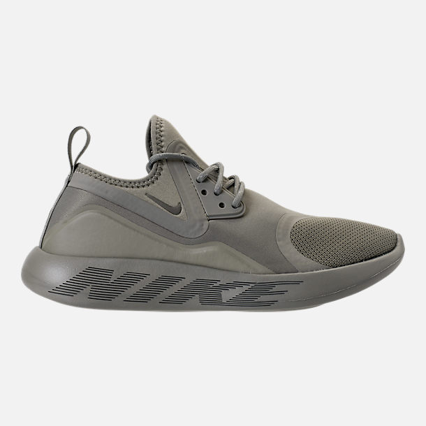 Right view of Women's Nike LunarCharge Essential Reflective Casual Shoes in Black/Dark Grey