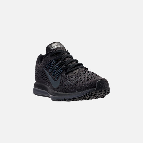 Three Quarter view of Men's Nike Air Zoom Winflo 5 Running Shoes in Black/Anthracite