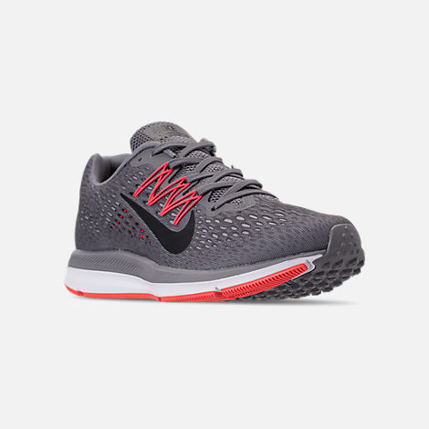 Three Quarter view of Men's Nike Air Zoom Winflo 5 Running Shoes in Gunsmoke/Oil Grey/Thunder Grey