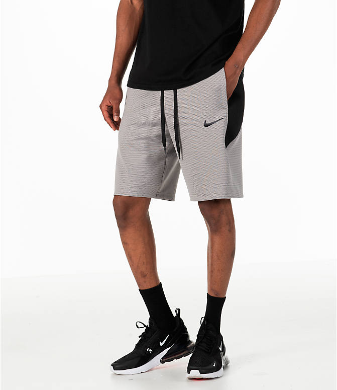 Front view of Men's Nike Therma Flex Showtime Basketball Shorts in Atmosphere Grey/Black