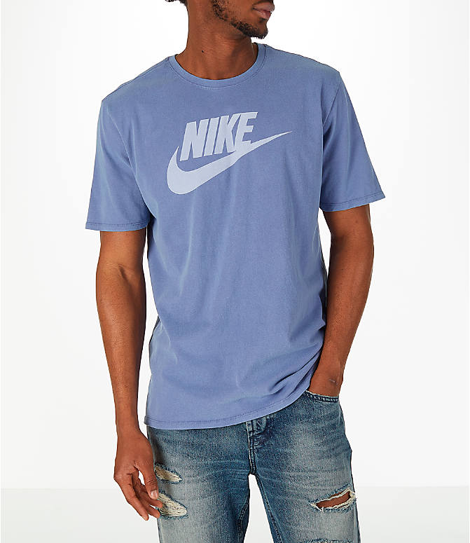 Front view of Men's Nike Sportswear Wash Pack T-Shirt in Purple